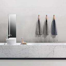 """""""Welkom bij Plusbathrooms. Hier vind je de nieuwste badkamertrends, leuke hebbedingen & designtips, badkamers op maat, onze projecten, hulp bij jouw ontwerp, do's and don'ts…"""""""